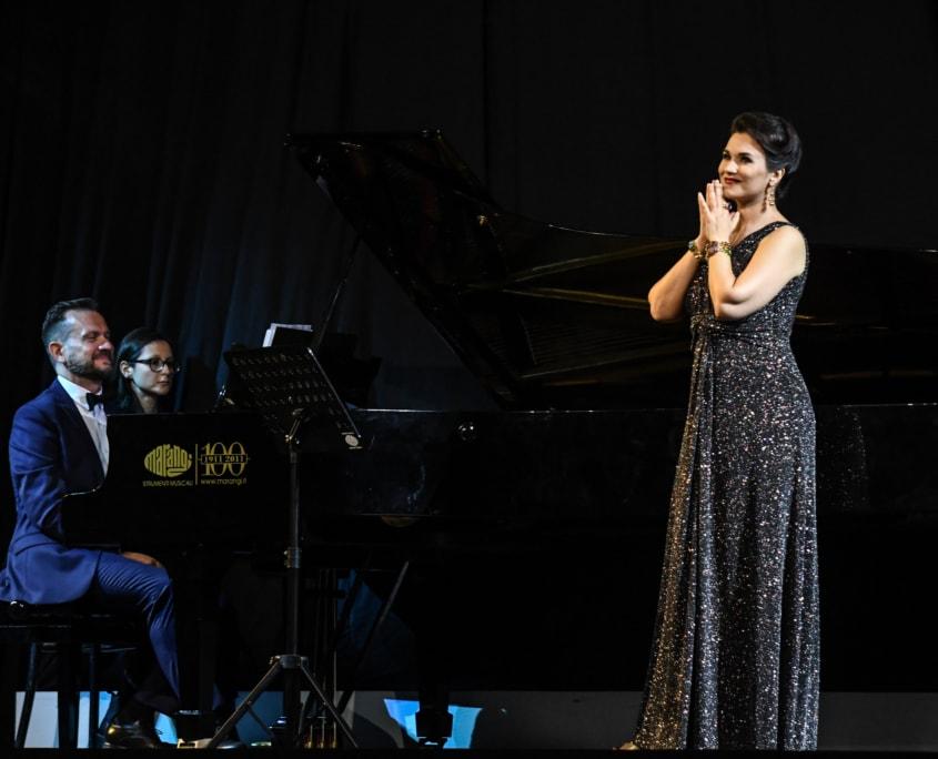 Olga Peretyatko, Giulio Zappa
