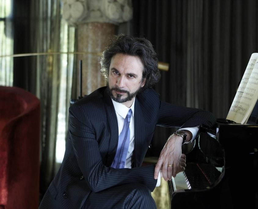 Fabio Armiliato