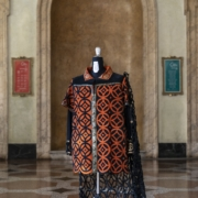 La Favorita, Pietro Zuffi, (Casacca indossata da Pavarotti)